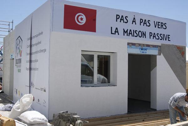 l 39 isolation dans la maison passive perla group tunisie. Black Bedroom Furniture Sets. Home Design Ideas